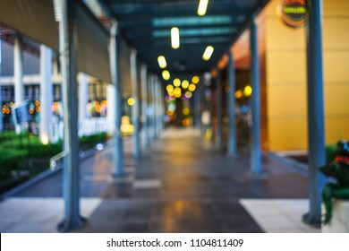 Abstract blur with bokeh light and beautiful luxury shopping mall for background