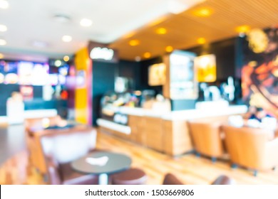 Abstract blur and defocus fast food restaurant and coffee shop cafe interior for background