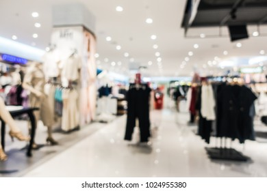 Abstract blur defocused shopping mall of department store interior for background