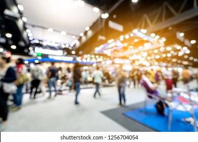 Abstract blurred defocused tradeshow event exhibition, business convention show, job fair, technology expo. Organization company trade fair event. Marketing advertisement concept.