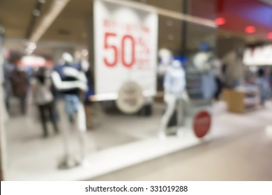 Abstract blurred image in the shopping mall background with bokeh