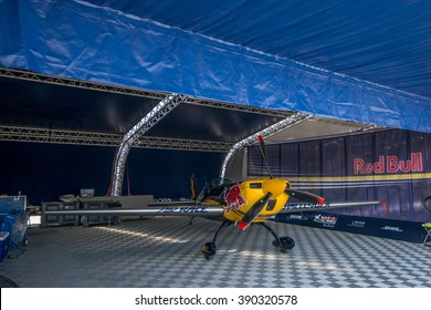 Abu Dhabi - MARCH 12: Red Bull Hangar with plane  in Al Bateen Airport on Red Bull Air Race World Championship 2016 in United Arab Emirates on March 12, 2016 in Abu Dhabi, UAE