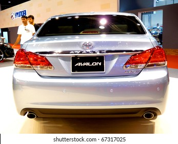 ABU DHABI, UAE - DECEMBER 10:Toyota Avalon on display during Abu Dhabi Int'l Motor Show 2010 at Abu Dhabi Int'l Exhibition Centre December 10, 2010 in Abu Dhabi,United Arab Emirates.