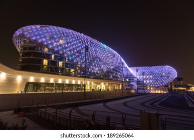 ABU DHABI, UAE - SEPTEMBER 29: The Yas Marina Formula 1 Grand Prix Circuit taken on 29th September 2013 in Abu Dhabi. The Yas Viceroy Hotel is the only current 5* hotel built across a racing circuit.