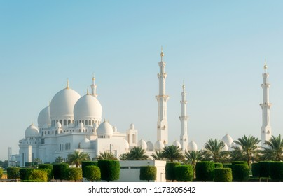 Abu Dhabi, United Arab Emirates, March 08, 2014 : View of the famous Sheikh Zayed Grand Mosque.