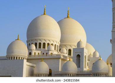 ABU DHABI, UNITED ARAB EMIRATES - MAY 22, 2013: Sheikh Zayed Grand Mosque, Abu Dhabi
