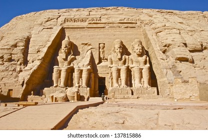 ABU SIMBLE, EGYPT-NOV 25:Abu Simbel Temple is one of the most attractive  historic monuments in Egypt. The temple is shortly quite when tourist left on Nov 25, 2007. Abu Simble, Egypt.