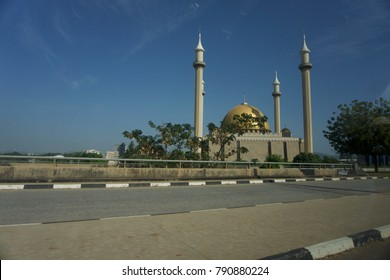 Abuja Mosque in Abuja, Nigeria is one of the largest mosque in West Africa