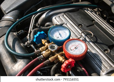 A/C Manifold Gauges Set, Check the pressure and leak. for use on air condition systems