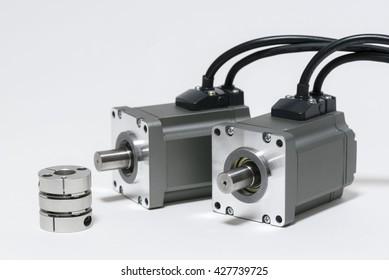 AC servo motor and coupling