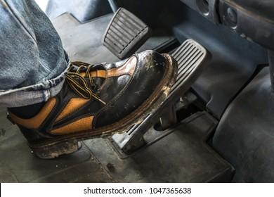 accelerate car detail