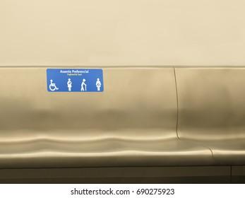 Accessibility - Preferential seat symbol