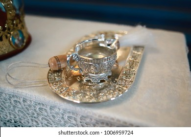 Accessories for the baptism of the child in accordance - a silver tray and a pitcher