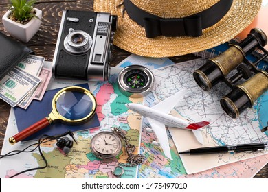 Accessories and items for traveling on the table in composition