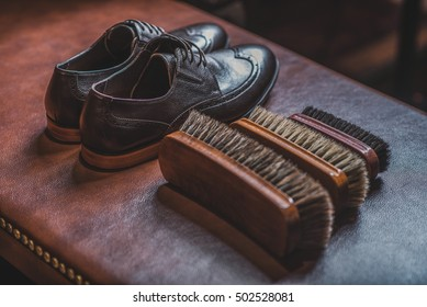 accessories for shoe shining with a pair of brogues