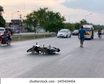 The accident of a motorcycle on the road caused by negligence And people do not follow traffic rules Which caused loss and damage