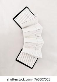 Accordion agenda paper