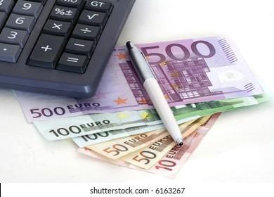 Accountant tools: money, pen, calculator, brain