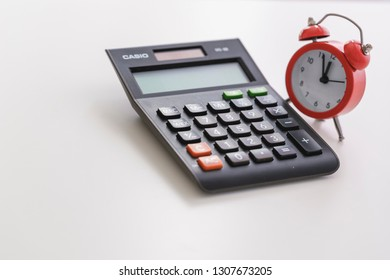 Accounting/ tax reporting deadlines concept.