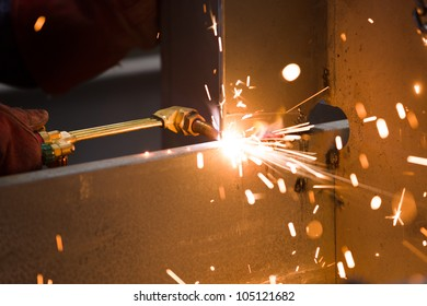 acetylene torch cutting metal