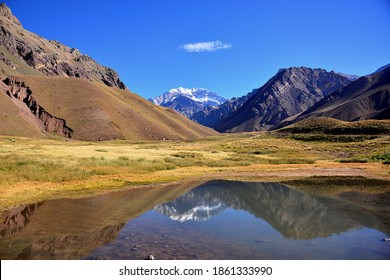 Aconcagua Provincial Park is located in the Mendoza Province in Argentina. The Andes mountain range draws all types of thrill seekers ranging in difficulty including hiking, climbing