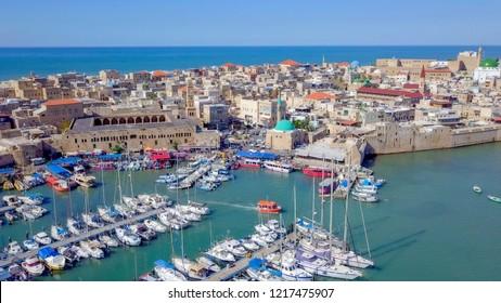 イスラエル・エーカー – 古都の空撮画像、古都の港とマリーナ