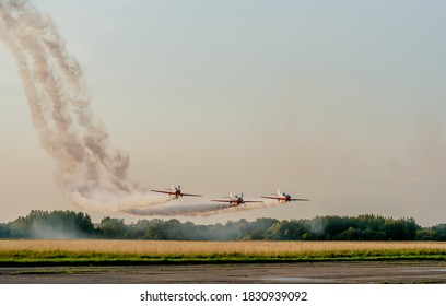 acrobatic team low pass Lithuania 2020 09 25