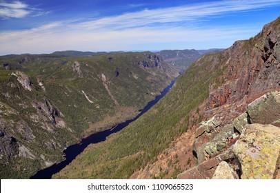 Acropoles des Draveures, Hautes-Gorges-de-la-Rivière-Malbaie National Park