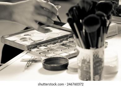 Action of a makeup artist