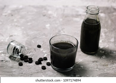 activated charcoal detox cold drink