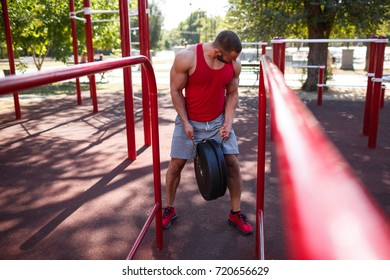 Active life and sport concept. Trainig outside. Summer time.