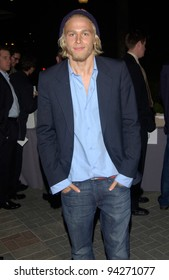 Actor CHARLIE HUNNAM at the world premiere of his new movie Abandon, at Paramount Studios, Hollywood. 14OCT2002.   Paul Smith / Featureflash