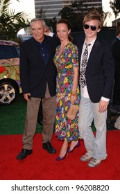 """Actor DENNIS HOPPER, star of TV series """"E*Ring"""", & wife VICTORIA & son at party in Los Angeles to launch the new season on NBC TV. July 25, 2005 Los Angeles, CA  2005 Paul Smith / Featureflash"""