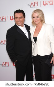 Actor IAN McSHANE & wife at the 34th AFI Life Achievement Award Gala in Hollywood. June 8, 2006  Los Angeles, CA  2006 Paul Smith / Featureflash