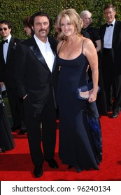 Actor IAN McSHANE & wife actress GWEN HUMBLE at the Creative Arts Emmy Awards in Los Angeles. September 11, 2005; Los Angeles, CA:    Paul Smith / Featureflash