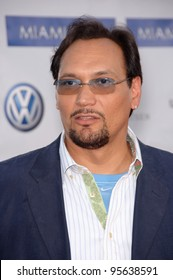 """Actor JIMMY SMITS at the world premiere, in Los Angeles, of """"Miami Vice."""" July 20, 2006  Los Angeles, CA  2006 Paul Smith / Featureflash"""