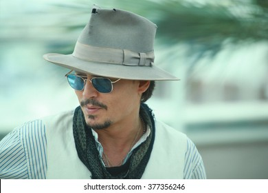 Actor Johnny Depp attends the 'Pirates of the Caribbean: On Stranger Tides' Photocall during the 64th Annual Cannes Film Festival at Palais des Festivals on May 14, 2011 in Cannes, France.