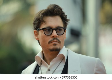 Actor Johnny Depp attends the 'Pirates of the Caribbean: On Stranger Tides' Premiere during the 64th Annual Cannes Film Festival at Palais des Festivals on May 14, 2011 in Cannes, France.