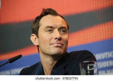 Actor Jude Law attends the 'Genius' press conference during the 66th Berlinale International Film Festival Berlin at Grand Hyatt Hotel on February 16, 2016 in Berlin, Germany.