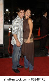 Actor MARIO LOPEZ & actress girlfriend ALI LANDRY at the Los Angeles premiere of White Oleander. 08OCT2002.   Paul Smith / Featureflash