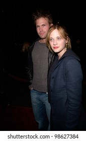 Actor MATTHEW DAVIS & actress girlfriend ZOOEY DESCHANEL at the Los Angeles premiere of Snatch. 18JAN2001.   Paul Smith/Featureflash