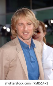 "Actor OWEN WILSON at the world premiere, in Hollywood, of his new movie ""You, Me and Dupree"". July 10, 2006  Los Angeles, CA  2006 Paul Smith / Featureflash"