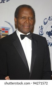 Actor SIDNEY POITIER at the 15th Carousel of Hope Ball at the Beverly Hilton Hotel, Beverly Hills. 15OCT2002.   Paul Smith / Featureflash