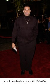Actor SINBAD at the Los Angeles premiere of Ali. 12DEC2001.    Paul Smith/Featureflash