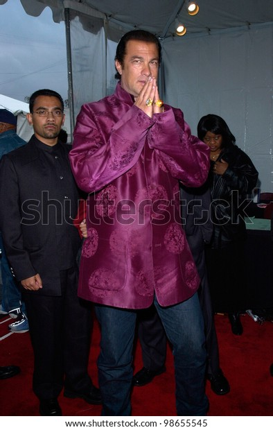 Actor STEVEN SEAGAL at the 15th Annual Soul Train Music Awards in Los Angeles. 28FEB2001.   Paul Smith/Featureflash