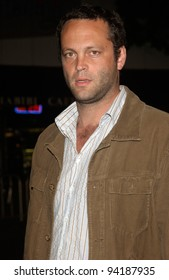 Actor VINCE VAUGHN at the premiere, in Los Angeles, of The Ring. 09OCT2002.   Paul Smith / Featureflash