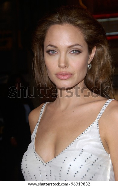 Actress ANGELINA JOLIE at the world premiere, at Grauman's Chinese Theatre Hollywood, of her new movie Sky Captain and the World of Tomorrow. September 14, 2004