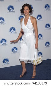 Actress ASHLEY JUDD at the Paramount Pictures 90th Anniversary Gala at Paramount Studios, Hollywood. 14JUL2002.   Paul Smith / Featureflash