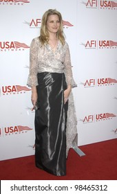 Actress BRIDGET FONDA at the AFI Life Achievement Award Gala, in Hollywood, honoring Robert De Niro. June 12, 2003