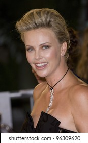 Actress CHARLIZE THERON at the Los Angeles premiere of her new movie North Country. October 10, 2005 Los Angeles, CA.  2005 Paul Smith / Featureflash